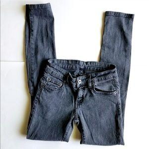 Gray carmar jeans with knee tears